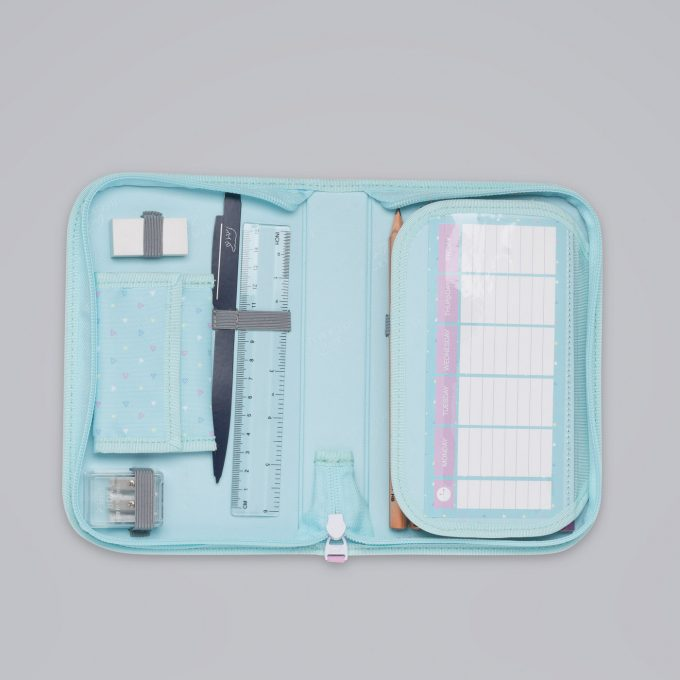 Ettlagspennal patch glitter, blyanter, fargeblyanter, linjal, viskelær, spisser og lommebok